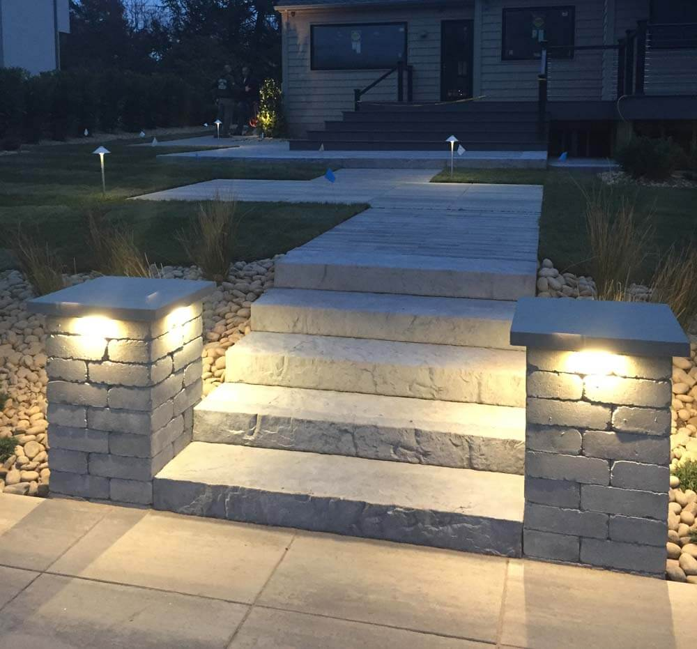 Accent lighting barry bros landscaping barry bross accent lighting aloadofball Images